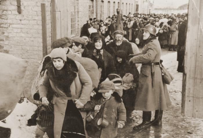 Scene during the deportation of Jews from Lublin. 1942.