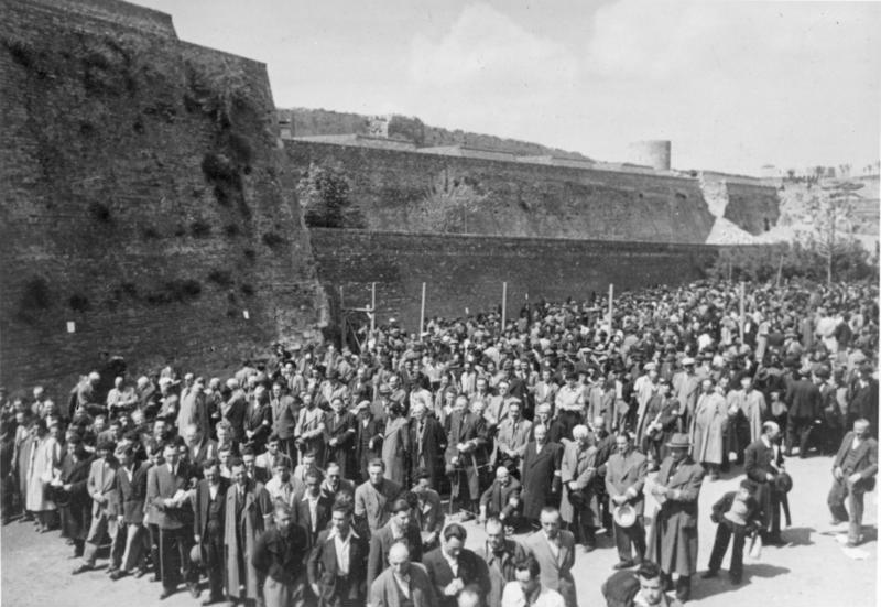 Jews rounded up Yugoslavia